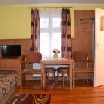 Apartament 3 osobowy - pokój dzienny (2)